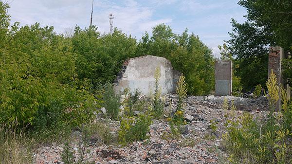 Лагерные руины