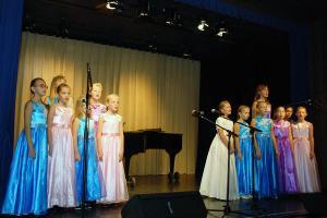 Старшая группа вокально-хоровой студии «Радость»