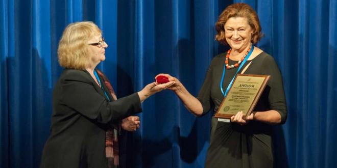 Диплом Лауреата Специальной Премии СТД РФ награждена Зинаида Зихерман